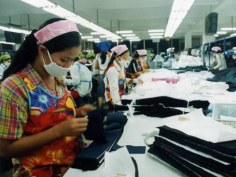 uk clothing industry Fashion industry pestel/pestle analysis 2016 proved to be a tough year full of difficulties for the fashion industry caused by several disruptive events like terrorist attacks on france, brexit and volatility in the chinese stock market.